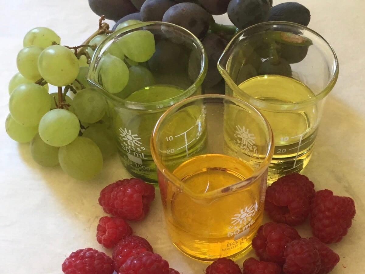 Grapeseed Oil and Raspberry Seed Oil