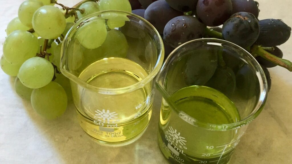 grapeseed oil in beakers