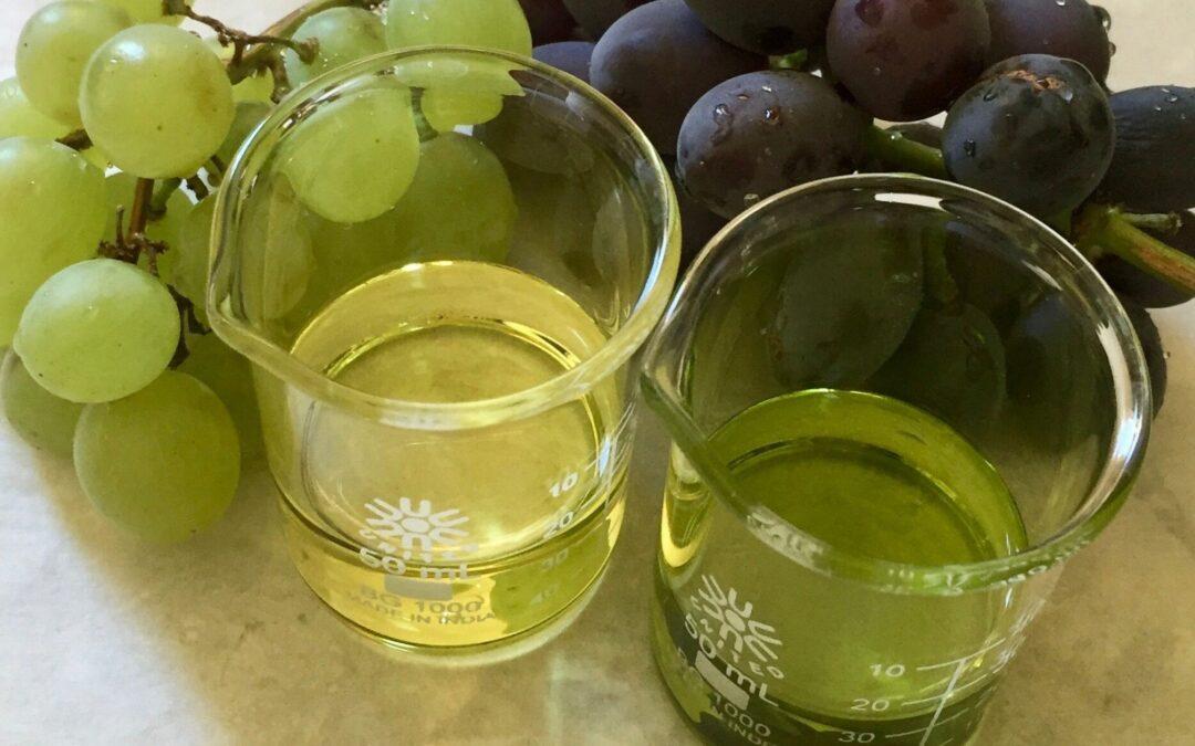 grapeseed oil in beakers