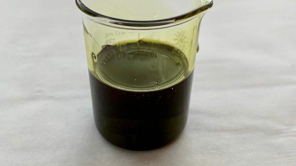 hemp seed oil in beaker